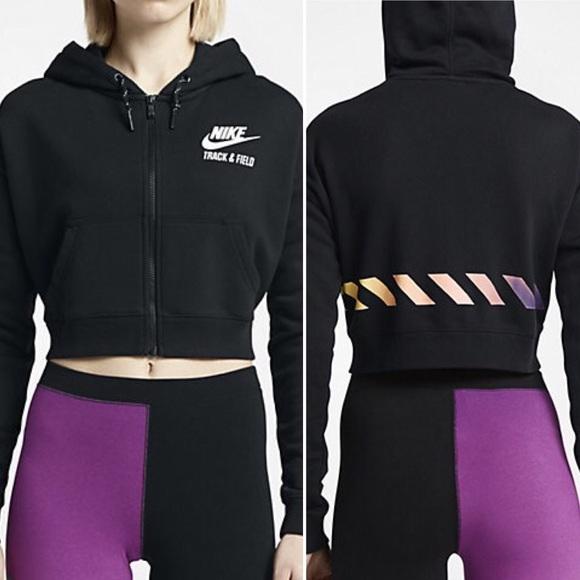 c6dda900470d13 NWT - Nike Track   Field Cropped Women s Hoodie.